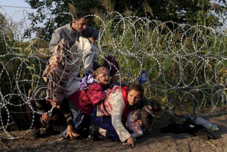 Merchants of Fear. Discursive Securitization of the Refugee Crisis in the Visegrad Group Countries