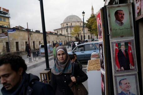 La entronización en directo de Erdogan, culmen de la guerra por el poder en Turquía