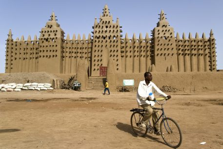 Human Security & Climate Change. Vulnerabilities in the Sahel