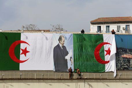 Argelia, clima social tenso en vísperas de elecciones