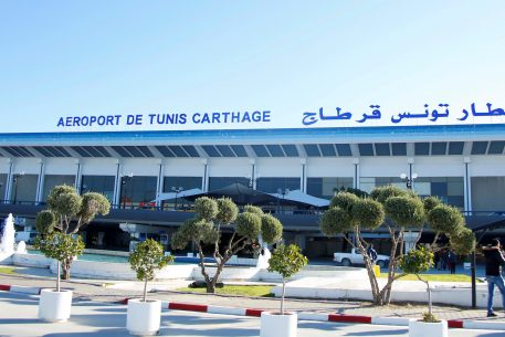 The Airports of the Maghreb Face the New Century