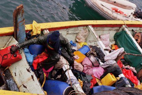 An Interdisciplinary Look at Migrations in The Mediterranean
