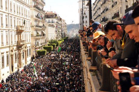 El 'Hirak' argelino ante la pandemia