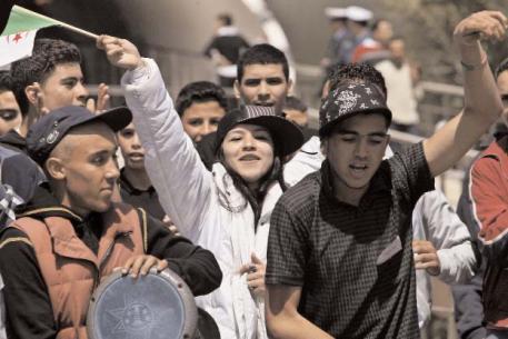 Cambios del terrorismo argelino con crisis juvenil de fondo
