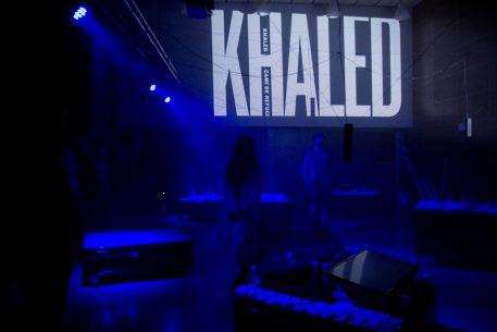 KHALED: una instal·lació artística de Martí Sancliment sobre la crisi migratòria